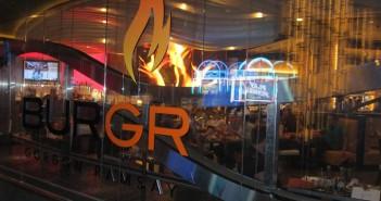 Интерьер ресторана BurGR